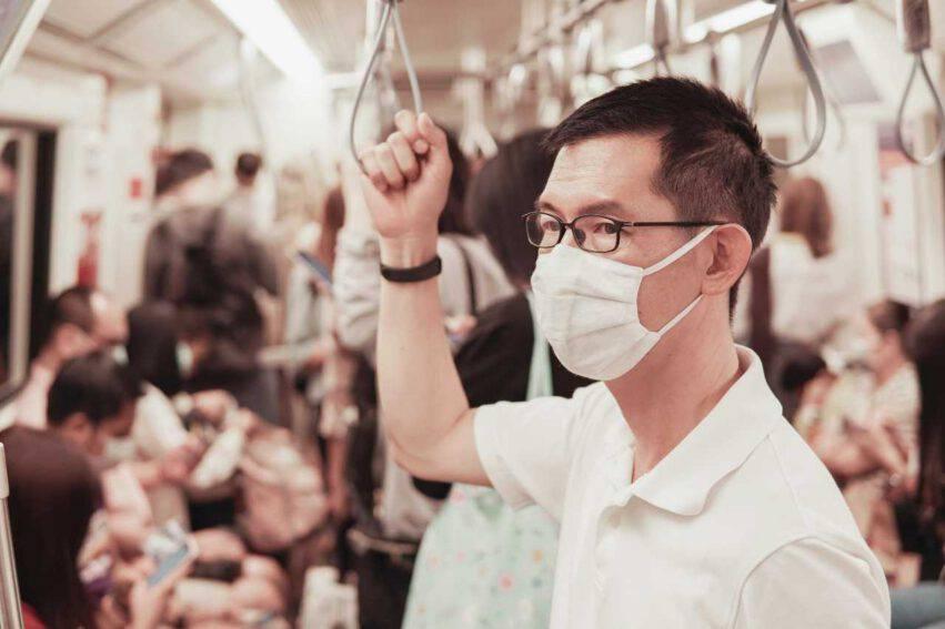 COvid silenzio mezzi pubblici
