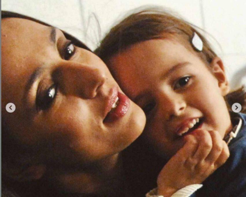 ambra angiolini e figlia piccola