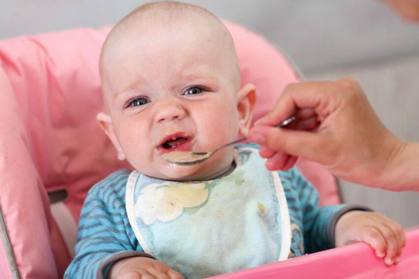 pappa svezzamento neonato