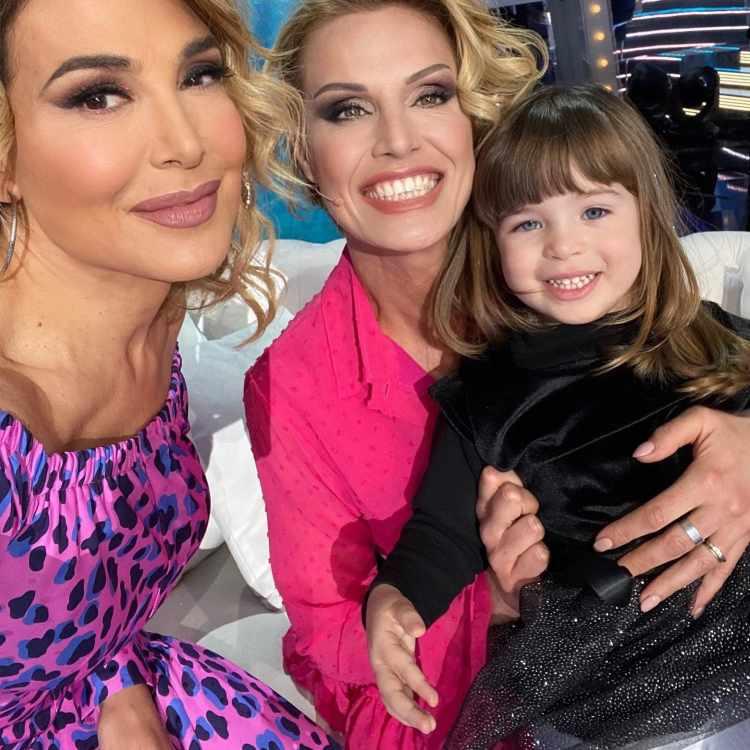 Barbara D'Urso con Annalisa Minetti e la figlia