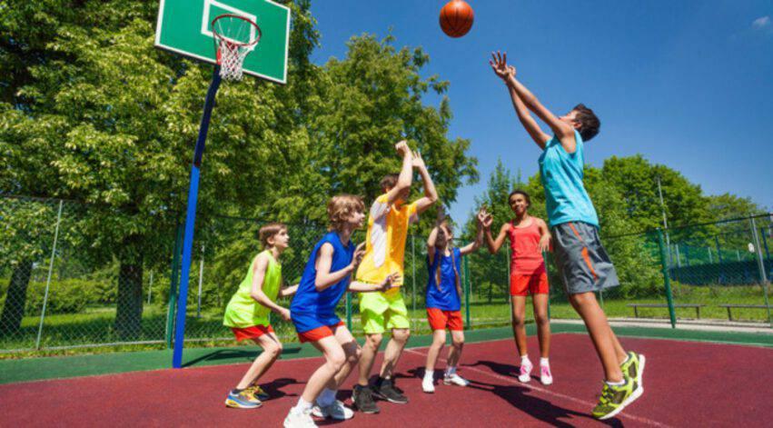 Bambini e ragazzi sportivi
