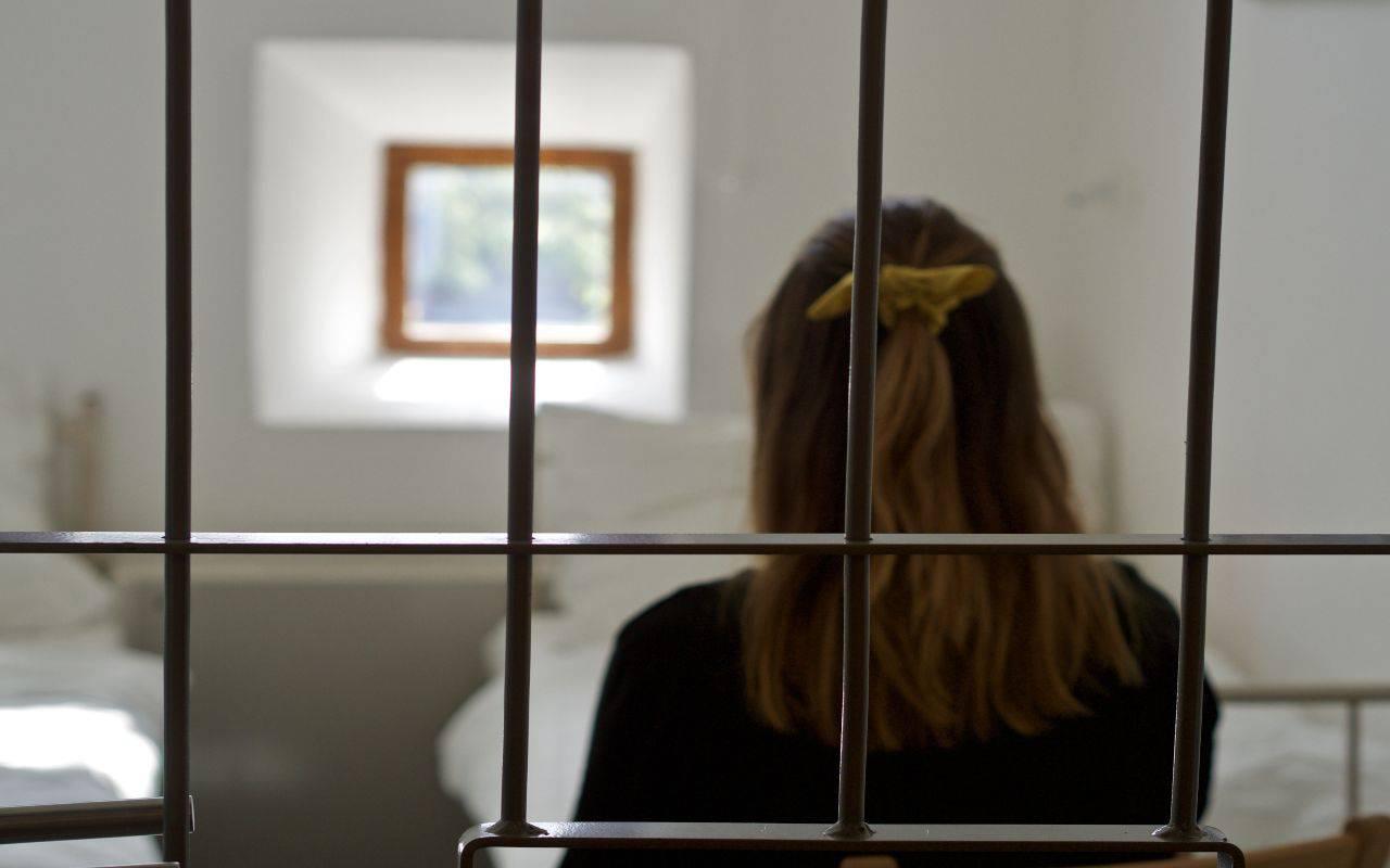 Donna in carcere