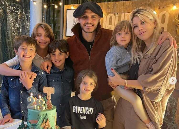 Wanda Nara e Mauro Icardi e famiglia