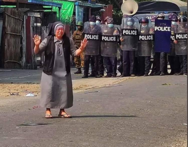 suor Ann e la polizia